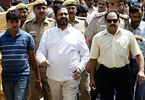 Kalmadi sent to 8-day CBI custody
