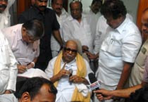 Karunanidhi reacts to Kanimozhi's arrest
