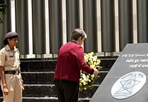 US homeland security secretary pays tribute to 26/11 victims