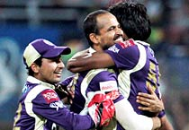 IPL: Kolkata Knight Riders beat Pune Warriors by 7 wickets
