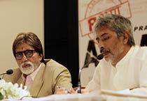 Big B and Prakash Jha during promotion of <em>Aarakshan</em>