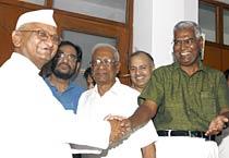 Team Hazare meets A B Bardhan
