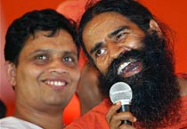 Ramdev begins his fast against graft