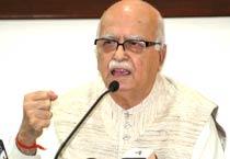 Mumbai blasts signal failure of India's Pakistan policy: Advani
