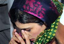 In pics: Hina prays for Indo-Pak peace