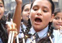 Mumbai: Schoolchildren organise candle light vigil