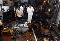 Serial blasts rock Mumbai