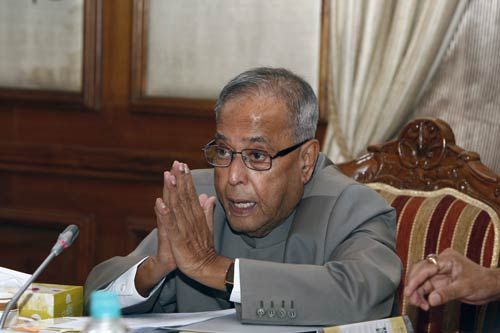 FM projects growth rate at 8.6% in 2011-2012