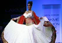 Anita Dongre's collection steals show at Lakme Fashion Week