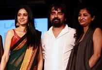 Vidya Balan, Sridevi cheer for Sabyasachi at LFW