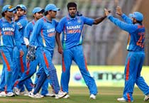 Ind beat Eng in 4th ODI
