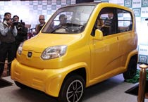 Bajaj Auto unveils low cost car RE 60