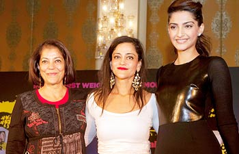 Rekha Purie and Kalli Purie and Sonam Kapoor