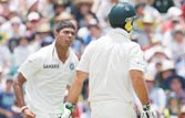 Umesh Yadav shines, India batters disappoint