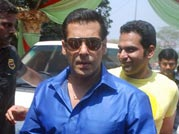 Salman launches the music of Bittoo Boss