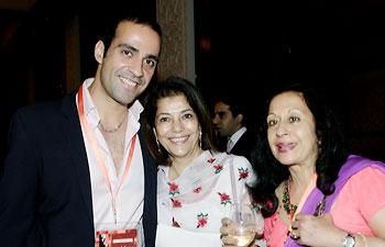 Aatish Taseer, Rekha Purie with Tavleen Singh