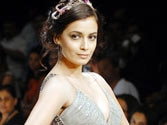 LFW: Dia Mirza walks for Khushali Kumar