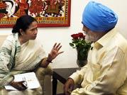 Mamata Banerjee meets Montek Singh Ahluwalia, seeks higher plan outlay