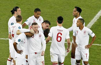 Euro 2012: Penalty pain for England again