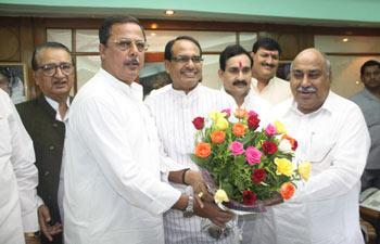 Shivraj Singh Chouhan, Ishwar Das Rohani, Ajay Singh