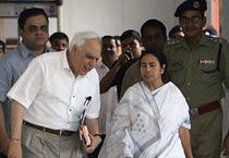 Kapil Sibal meets Mamata