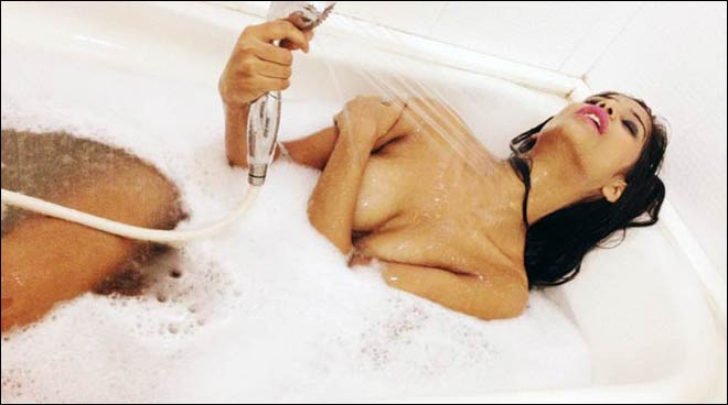 Hot or not? Poonam Pandey naked in bath tub