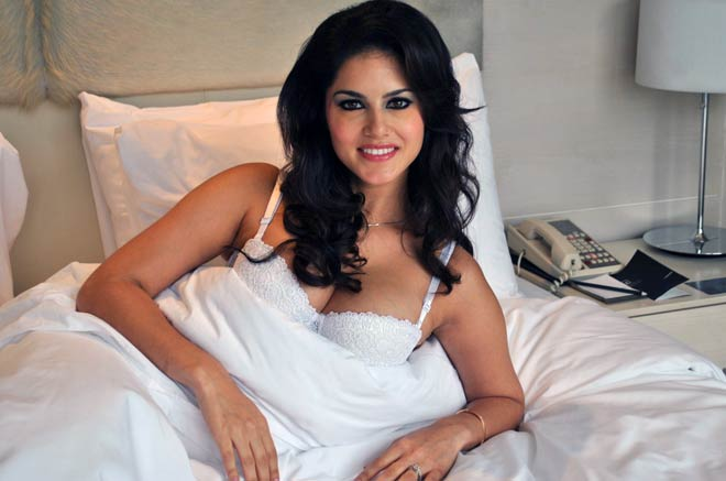Hot and steamy! Sunny Leone's seductive poses