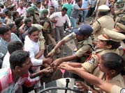 Stir for Telangana state continues
