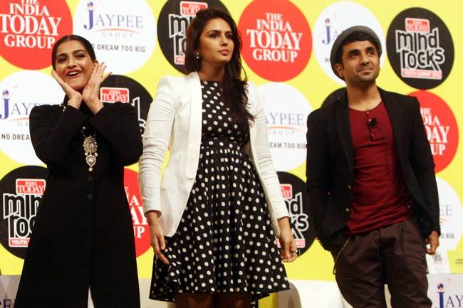 Sonam Kapoor, Huma Qureshi and Vir Das