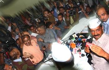 Arvind Kejriwal, Prashant Bhushan, Manish Sishodia, IAC press conference