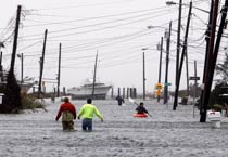 Superstorm Sandy strikes US East Coast