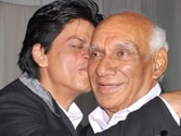 Twitter buzz: Bollywood shattered by Yash Chopra's demise