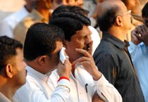 Mumbai on the edge as Sena appeals for peace