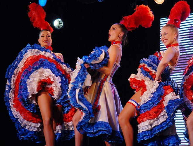 Moulin Rouge troupe