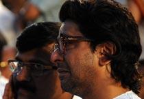 Raj Thackeray breaks down as Balasaheb