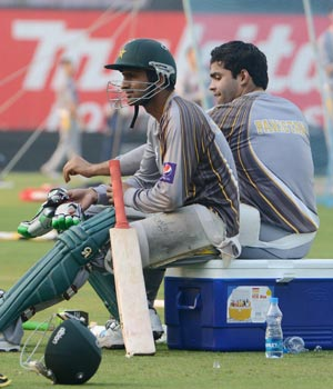 Cricketer Shoaib Malik attending the Pakistani team practice session at the Eden in Kolkata on January 1, 2013.