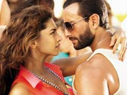 Saif, Deepika sizzle in Race 2