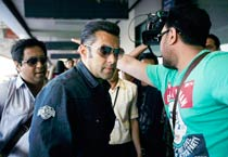 Miffed with the organisers yet true to his words, Salman at the CCL!