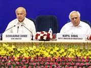 Home Minister Sushilkumar Shinde's CM conference a dud