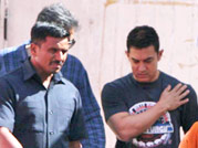 Bollywood actor Aamir Khan shoots for a mobile phone ad in Bandra
