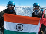 First twins atop Everest
