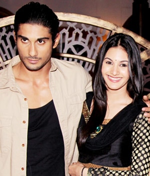 Pratiek Babbar and Amyra Dastur on Amita ka Amit.