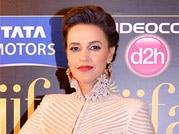 Bollywood stars flare up the green carpet on IIFA Awards night