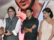 Sonam Kapoor, Farhan Akhtar on cloud nine!