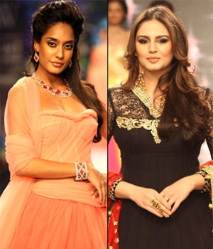 Lisa Haydon and Huma Qureshi