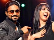 Mujhko bhi toh 'lift' karade....Watch a jhalak of Lauren's thumka with Salman at India Today Mind Rocks Youth Summit 2013