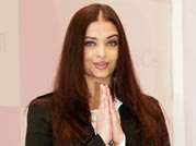 Curvaceous Aishwarya promotes stem cell banking