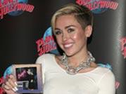 Miley Cyrus releases album Bangerz sans any drama
