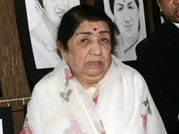 Lata Mangeshkar gets Yash Chopra memorial award