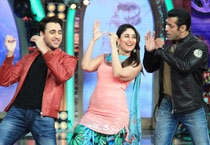 Kareena, Imran on the sets of Bigg Boss 7